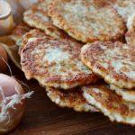 Ладушки-Оладушки: готовим луковые оладьи